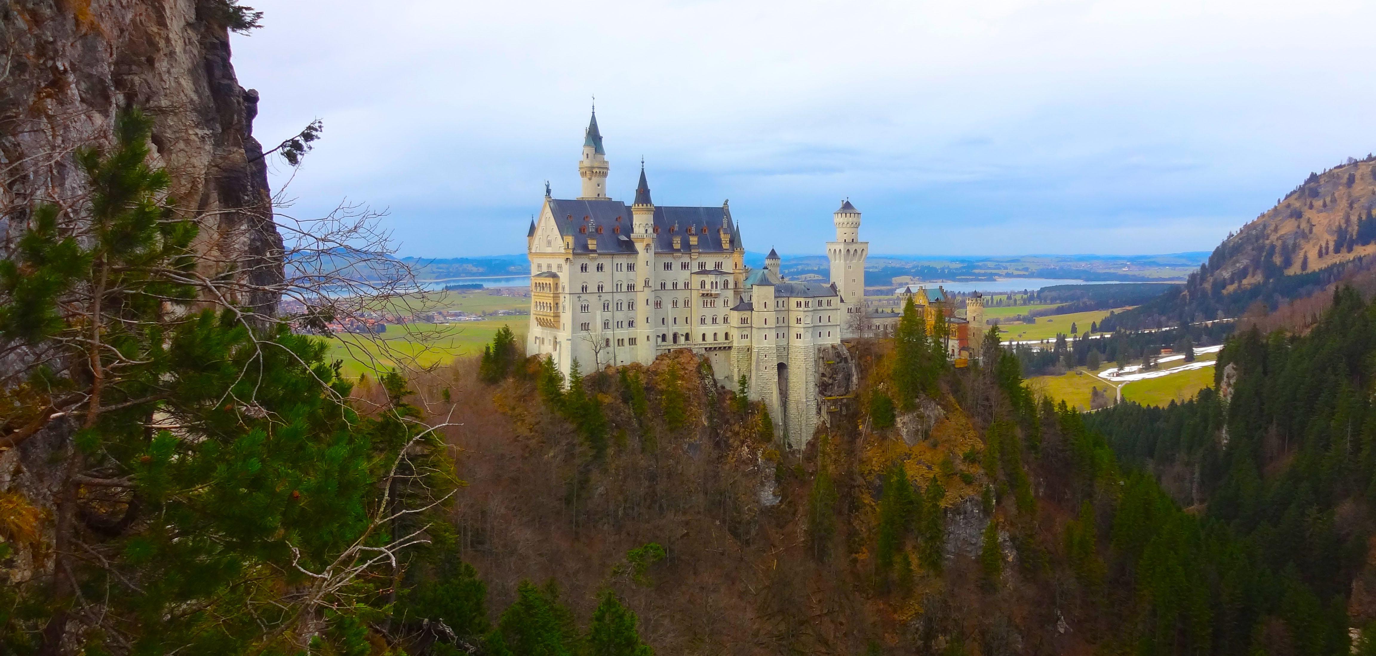 CAPA 1 - Neuschwanstein: o castelo de contos de fadas da Baviera